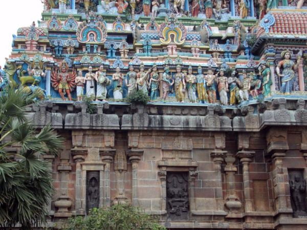 Intricate work on south gopuram