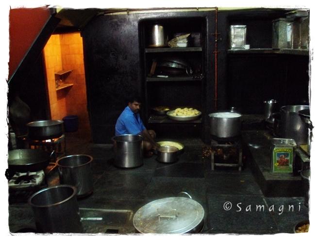 MTR kitchen