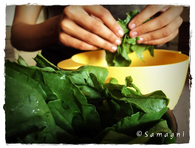 tear spinach leaves into smaller pieces